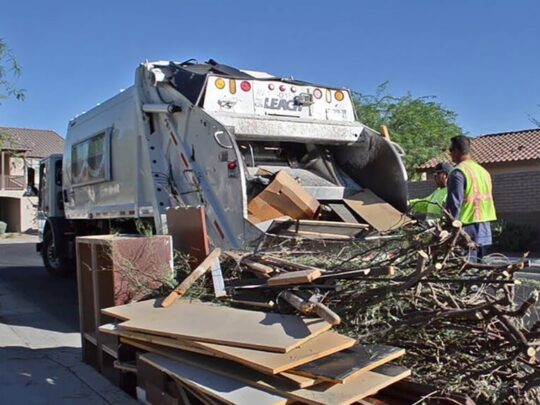 Bulk Trash-Des Moines Dumpster Rental & Junk Removal Services-We Offer Residential and Commercial Dumpster Removal Services, Portable Toilet Services, Dumpster Rentals, Bulk Trash, Demolition Removal, Junk Hauling, Rubbish Removal, Waste Containers, Debris Removal, 20 & 30 Yard Container Rentals, and much more!