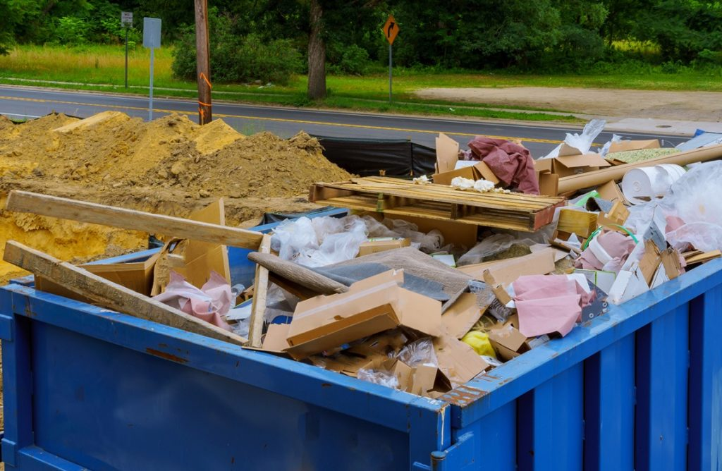 Norwalk-Des-Moines-Dumpster-Rental-Junk-Removal-Services-We Offer Residential and Commercial Dumpster Removal Services, Portable Toilet Services, Dumpster Rentals, Bulk Trash, Demolition Removal, Junk Hauling, Rubbish Removal, Waste Containers, Debris Removal, 20 & 30 Yard Container Rentals, and much more!